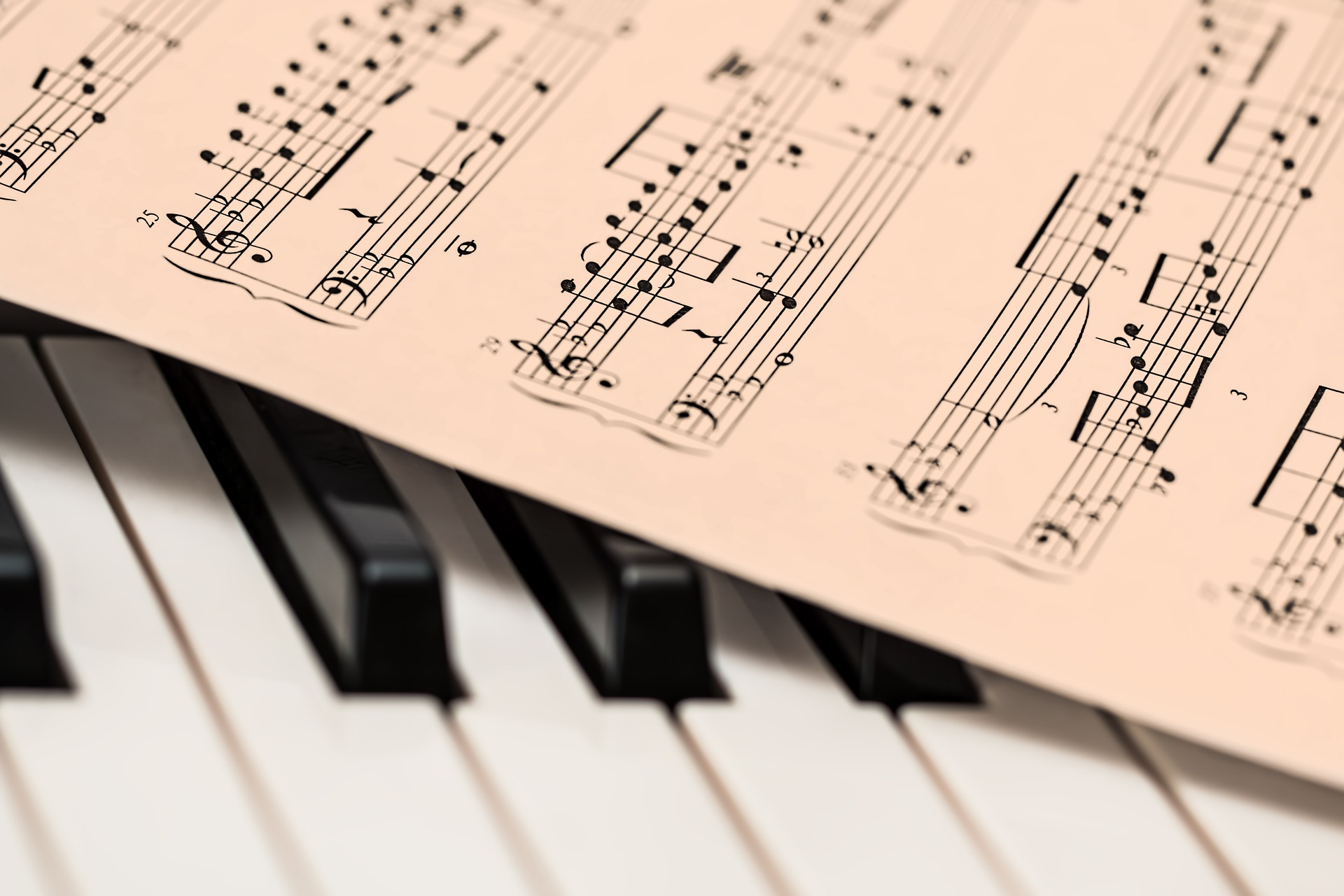 Choosing the Right Music School in Milton for Piano Lessons