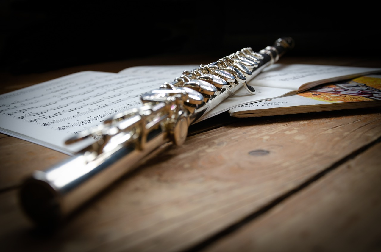 Importance of Flute Embouchure in Improving the Flute Tone