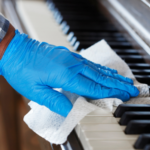 clean-the-piano